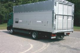 LKW-Aufbau, Schweinetransporter 3.500 kg bis 7.500 kg Gesamtgewicht